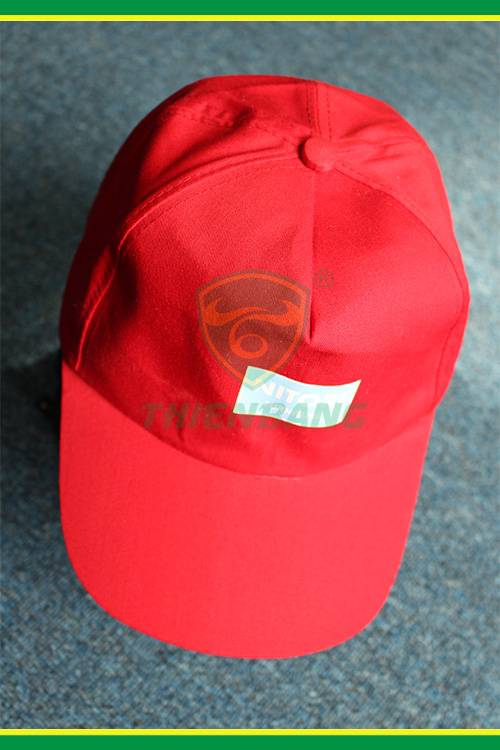 Mũ vải công nhân màu đỏ