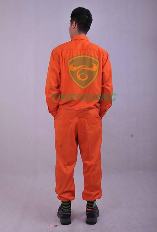 Quần áo bảo hộ điện lực-Mặt sau