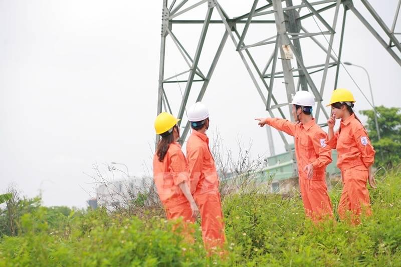 quần áo công nhân điện quy chuẩn