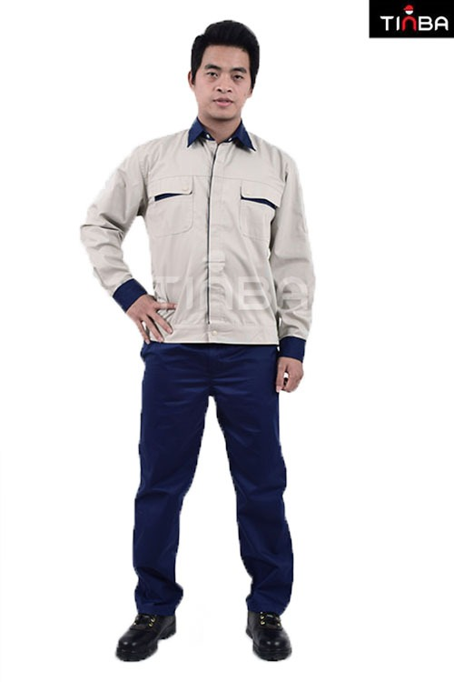 giá quần áo bảo hộ lao động màu ghi